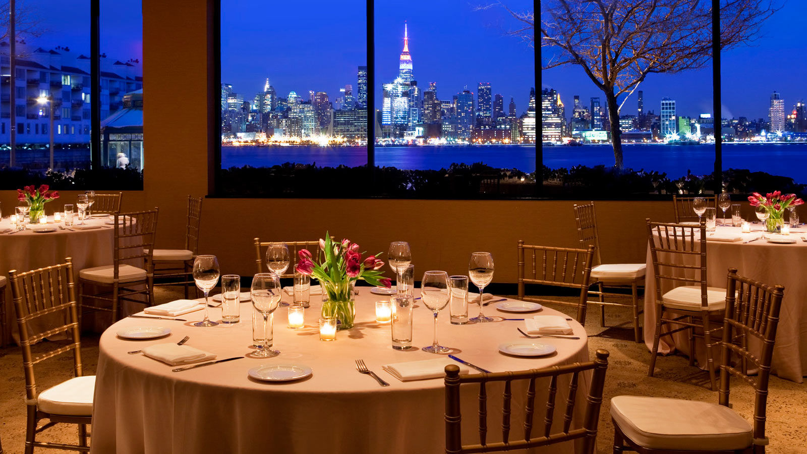 Jersey city wedding venues sheraton lincoln harbor hotel for Best private dining rooms nj